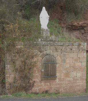 AVSA Bournac fontaine Vierge