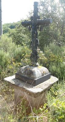 Bournac 12400 Mas Roustan croix