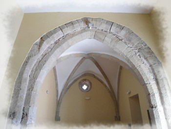 Le Cambon 12400 ancienne église St Martin travée orientale