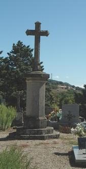 Le Cambon 12400 croix cimetière