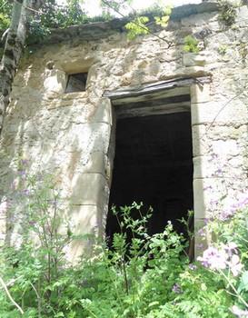 Truans 12400 ruine 1