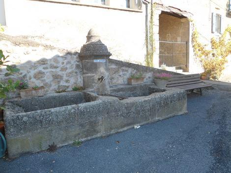 Vailhauzy fontaine
