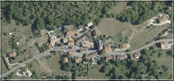 Vailhauzy vieux photo aérienne